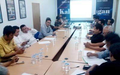 """Seminar Dengan Tema """"Bedah Undang-Undang Desa No. 6 Tahun 2014"""""""