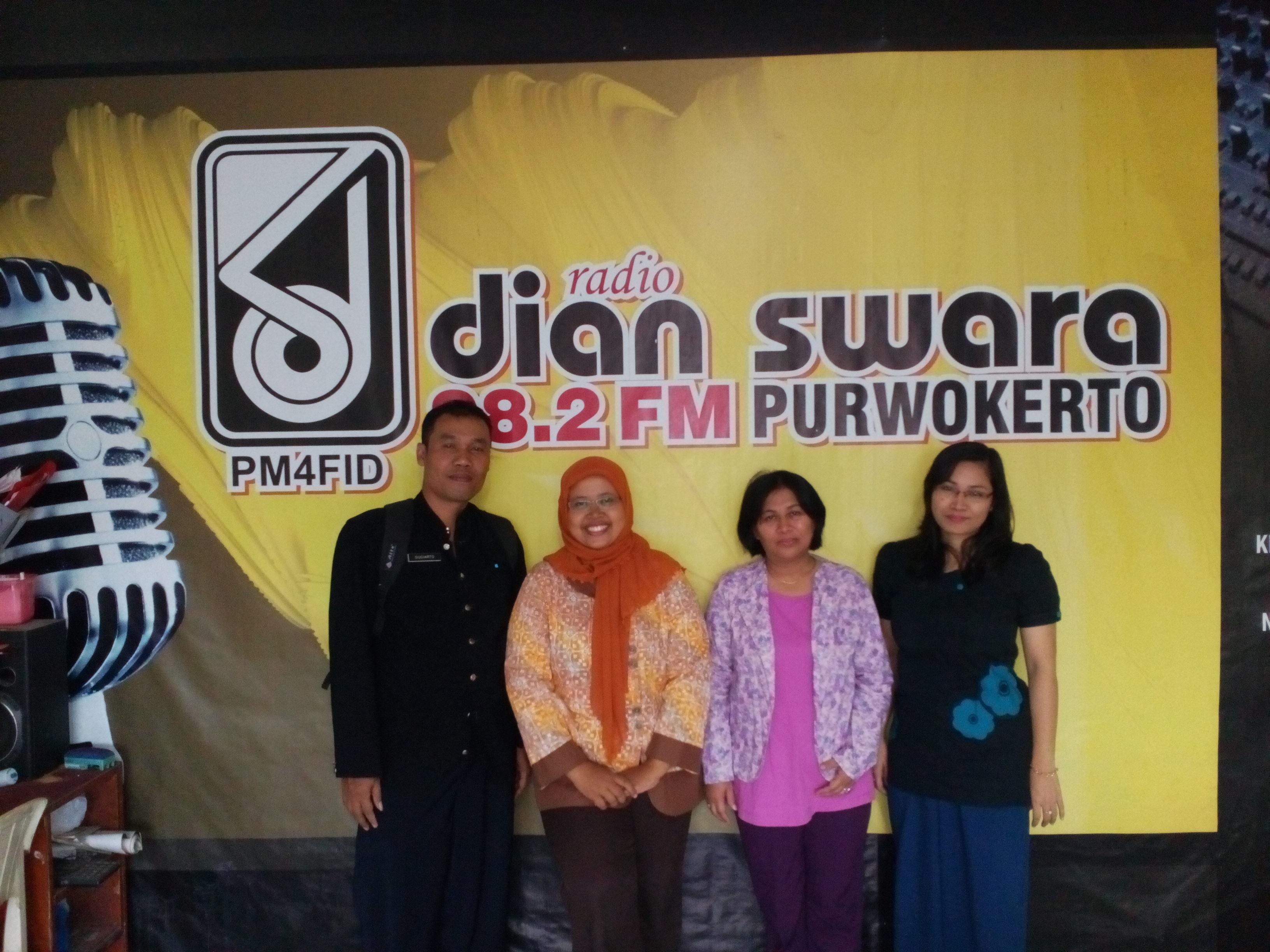 Desa Menulis dan Siaran tentang HUT Kemerdekaan