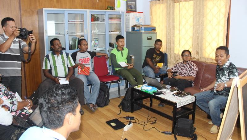 Gedhe Dukung Pengembangan Sistem Informasi Kehutanan di KPHL Biak Numfor